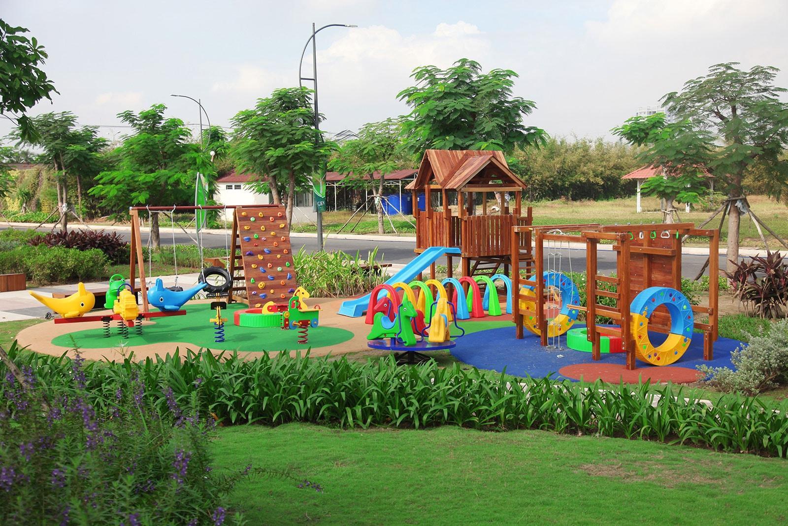 sân chơi trẻ em phố đông village